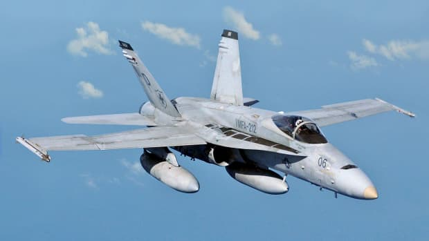 know-your-hornets-the-f-18-and-you