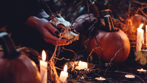 spooktober-halloween-ideas-for-introverts