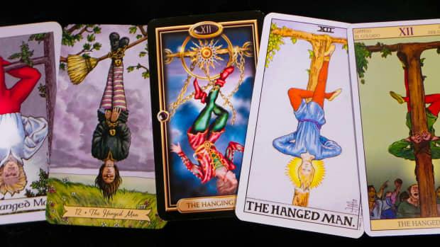 the-hanged-man-in-tarot