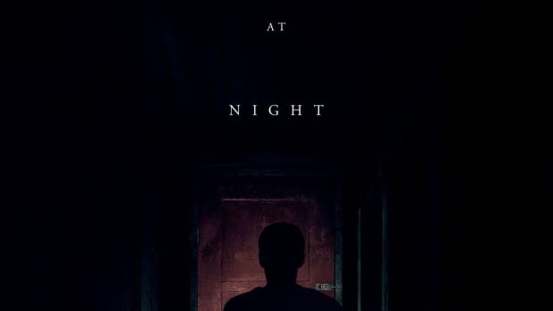 new-review-it-comes-at-night-2017