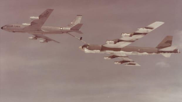 aircraft-linked-to-aircraft