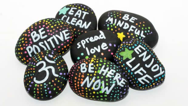 simple-diy-kindness-rock-project-ideas-to-try-out