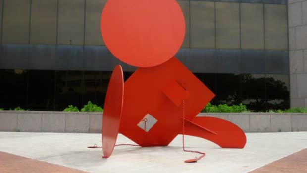 geometric-mouse-x-sculpture-by-claes-oldenburg-in-houston-texas
