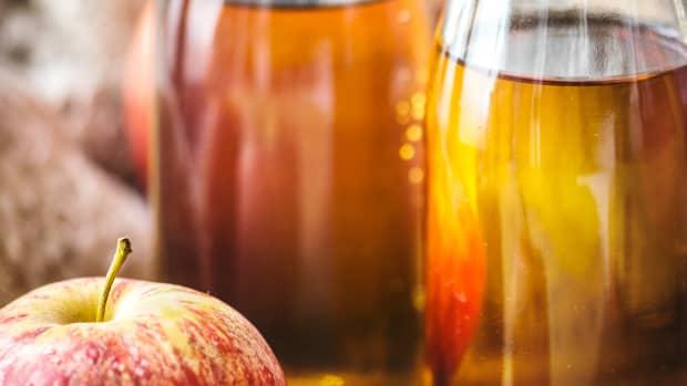 5-benefits-and-uses-of-natural-apple-cider-vinegar