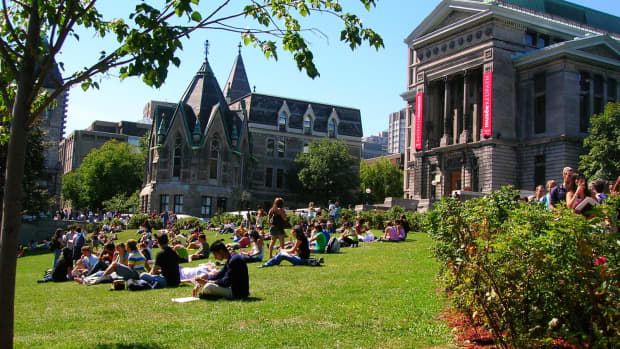 7-ways-to-make-new-friends-in-college-when-you-live-off-campus