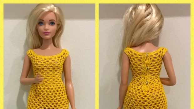 curvy-barbie-scoop-neckline-bodycon-dress-free-crochet-pattern