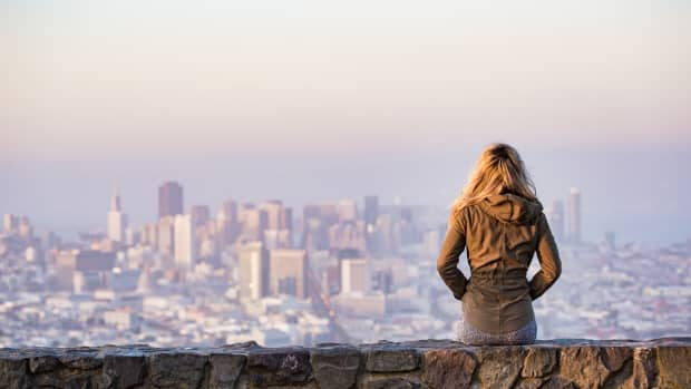 how-deal-with-loneliness-when-single-living-alone
