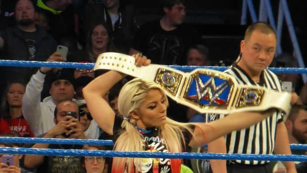wwe-elimination-chamber-18-review