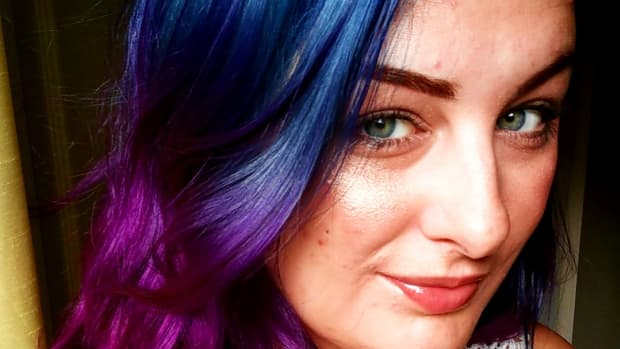 how-to-dye-your-hair-navy-blue-fuschia-ombre