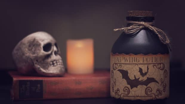 bootiful-ideas-to-decorate-your-home-for-halloween