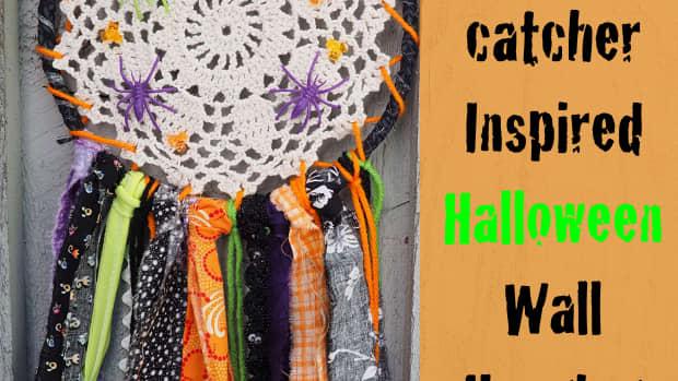 diy-fabric-scrap-craft-tutorial-dreamcatcher-inspired-halloween-wall-hanging