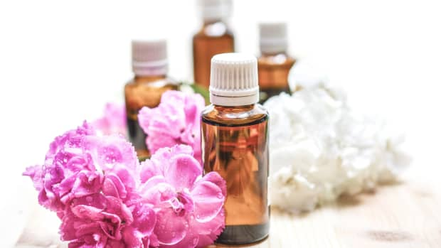 unconventional-uses-for-essential-oils