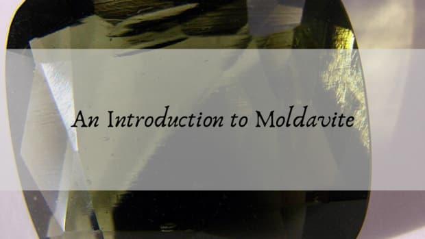 top-5-benefits-of-moldavite