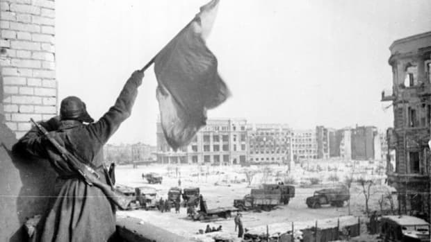 why-did-hitler-invade-the-soviet-union-during-ww2