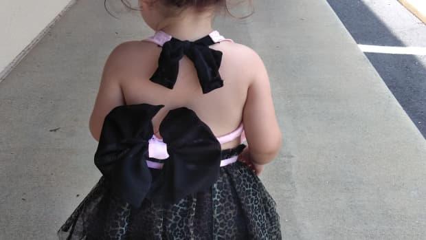 diy-fabric-hair-bow