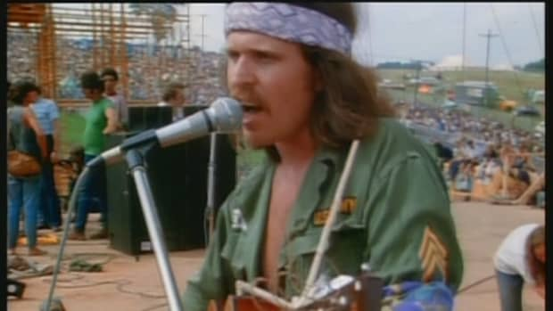woodstock-performers-country-joe-mcdonald