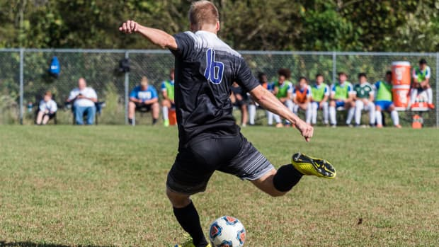 college-soccer-recruiting-why-you-should-rethink-going-division-1