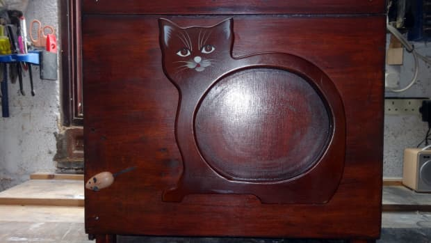 making-a-multi-purpose-anti-cat-overlocker-protective-cover-box-from-recycled-wood