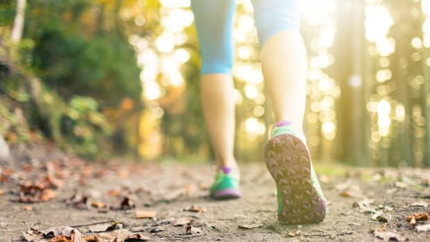 choose-the-perfect-walking-shoe