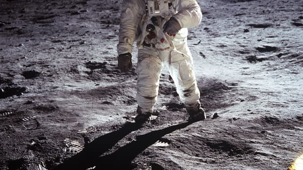 50 th-anniversary-of-the-apollo-11-moon-landing