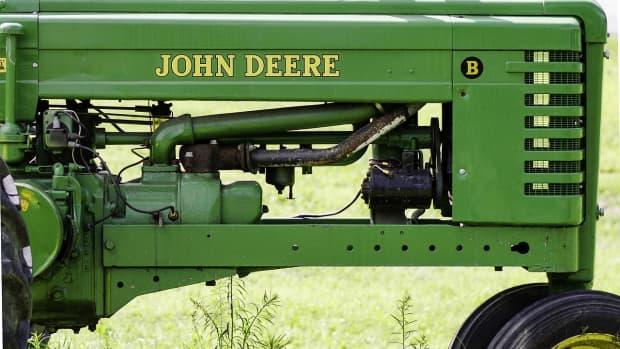 john-deere-425