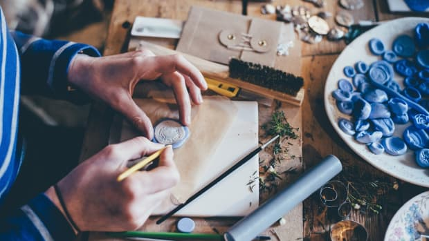 how-to-sell-handmade-items-and-make-a-profit