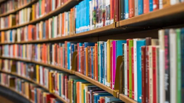 10-books-all-students-should-read-before-they-turn-18