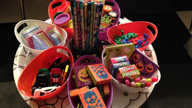 27-non-candy-treats-for-halloween