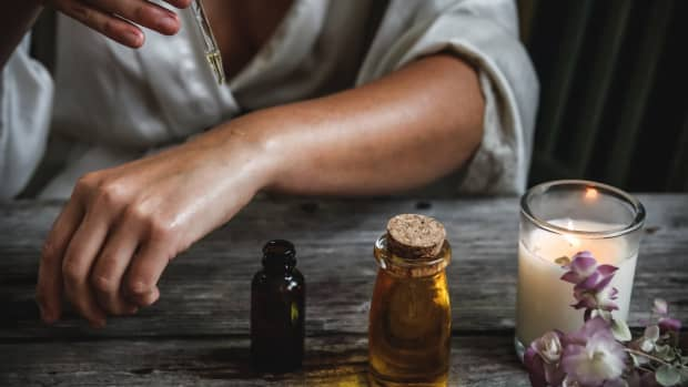 5-alternatives-to-smudging-with-smoke-and-sage