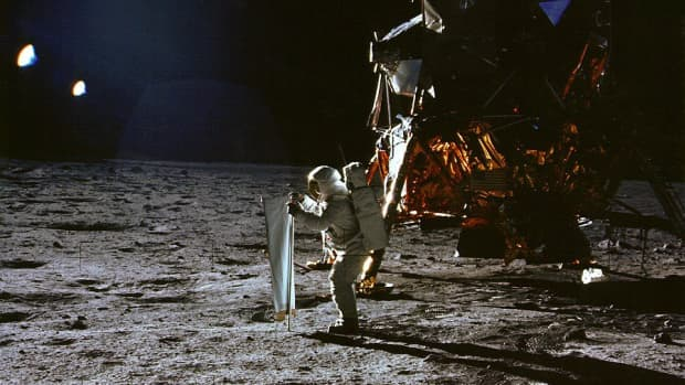 documentary-review-for-1969-moon-shot