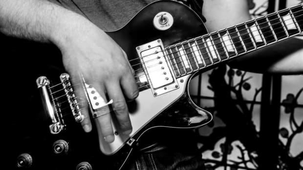 guitar-shredding-tips-and-tricks