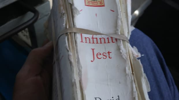 infinite-jest-book-review-lunchtime-lit-with-mel-carriere