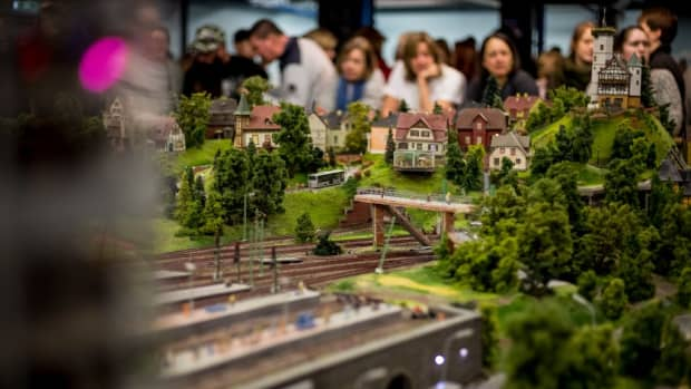 tips-for-visiting-miniatur-wunderland-the-greatest-model-railroad-in-the-world