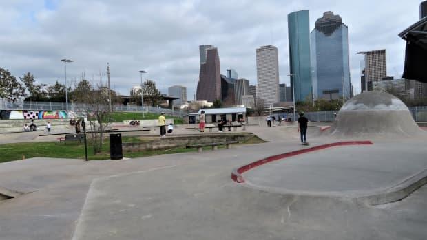 jamail-skatepark-stunning-texas-sized-skatepark-in-houston