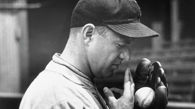 the-spitball-end-of-a-baseball-era