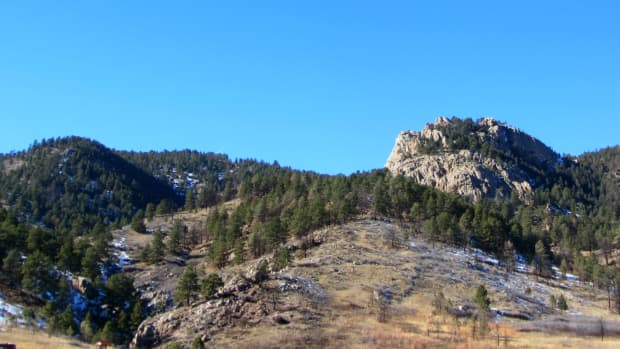 hiking-at-lory-state-park-near-fort-collins-colorado