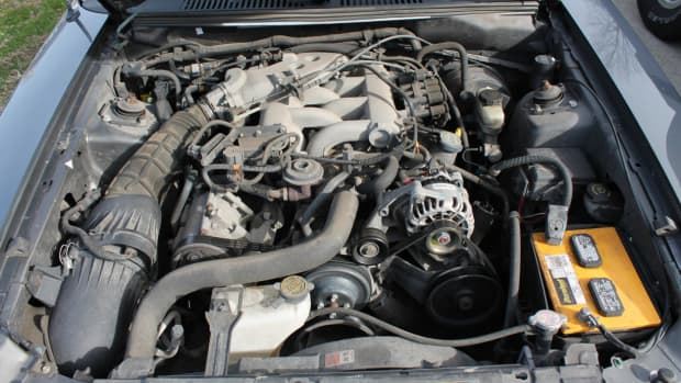 ford-mustang-air-intake-installation