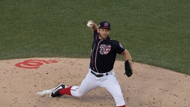 why-mlb-baseball-pitchers-are-bad-hitters