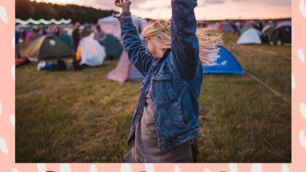 ready-for-coachella-here-are-10-things-every-girl-needs-before-they-go