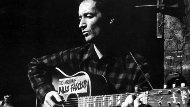hobo-traveling-blues-10-songs-about-hard-times