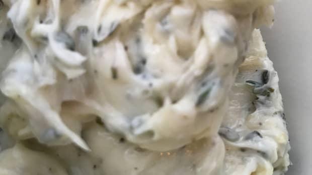 roast-garlic-herb-butter