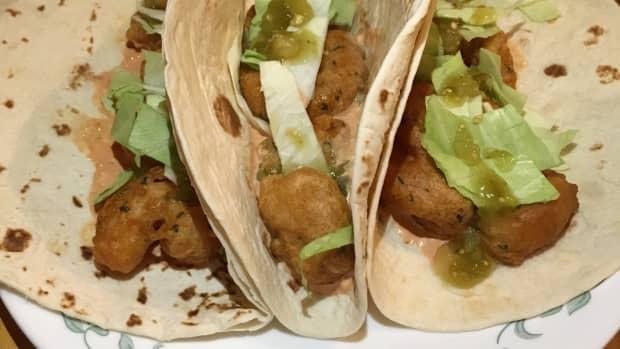 a-taste-of-disney-tacos-de-camarones