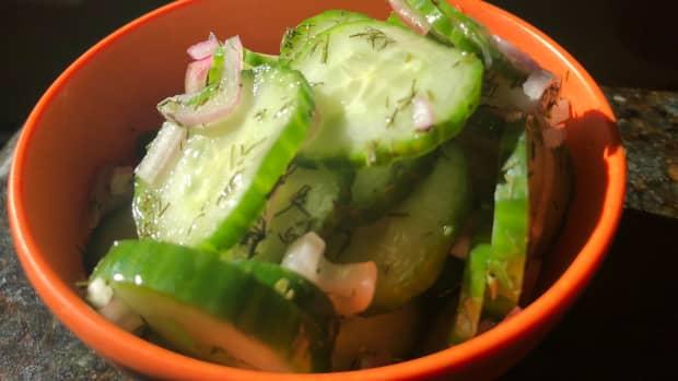 fresh-tasty-cucumber-salad