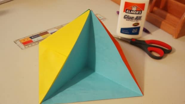 pyramid-diorama