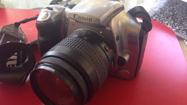 cleaning-the-sticky-rubber-off-my-canon-ds-6041