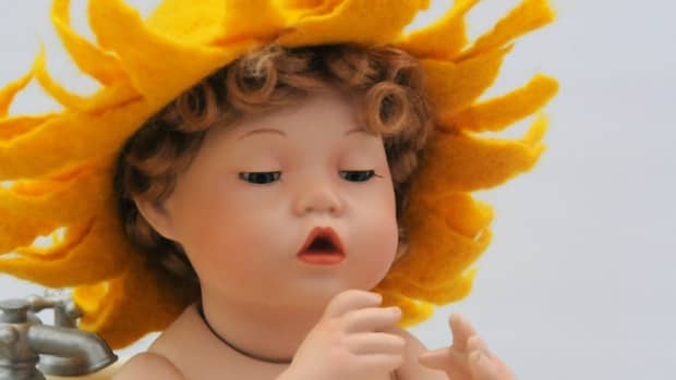 how-to-make-a-wet-felted-sunflower-hat-for-a-newborn-baby