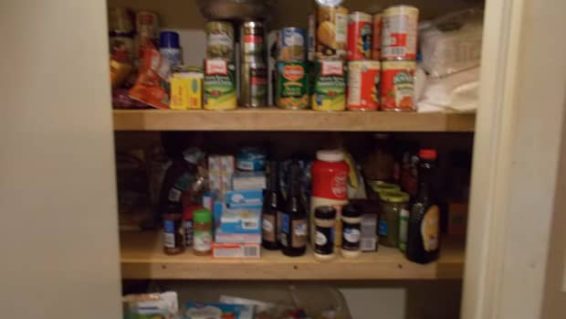 how-to-create-an-emergency-food-pantry-with-everyday-items-from-grocery-stores