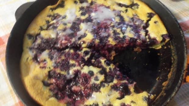 blueberry-skillet-cake-a-rustic-dessert