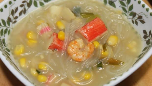 filipino-sotanghon-noodle-soup-with-shrimp-and-imitation-crab