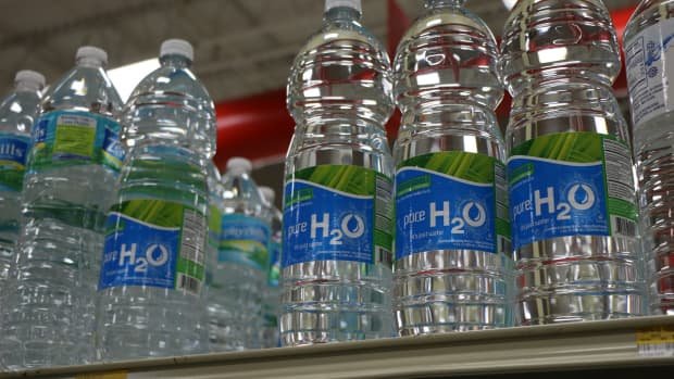 chrisshaffner-cobank-tap-water-is-safe-to-drink-why-do-people-continue-to-stockpile-bottled-water-during-this-pandemic